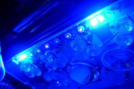 太陽光LEDシステムへPhosphor light装着