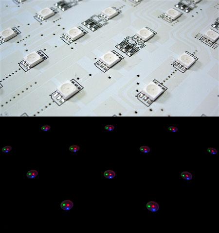 LEDWALKERのRGB-LED素子と点灯の様子