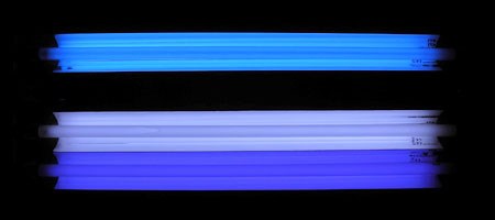 T5 UV大作戦:発光色