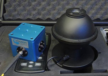 OceanOptics FOIS-1 (左)